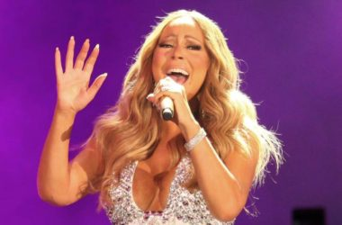 Mariah Carey Epic Fail New Year's Eve 2017