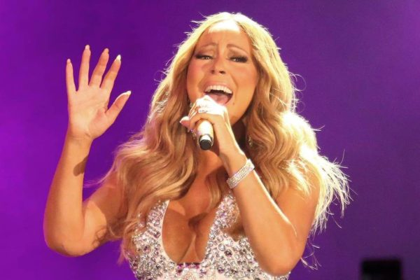 Mariah Carey Epic Fail New Year's Eve 2017